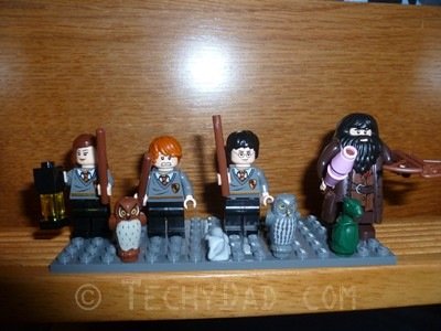 Minifigs1