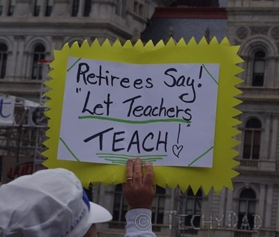 retirees-say-let-teachers-teach